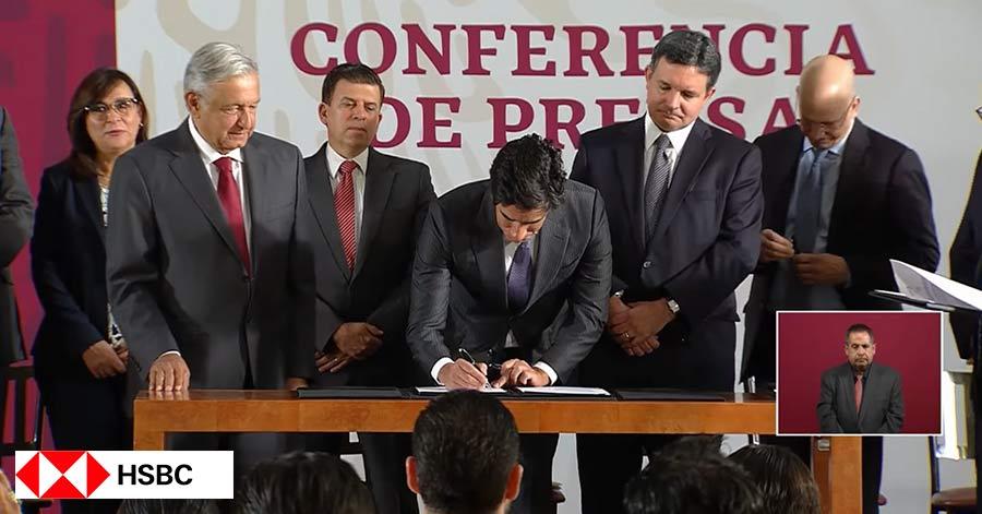 Histórico: Bancos extranjeros se unen a AMLO para para impulsar a Pemex (Video)